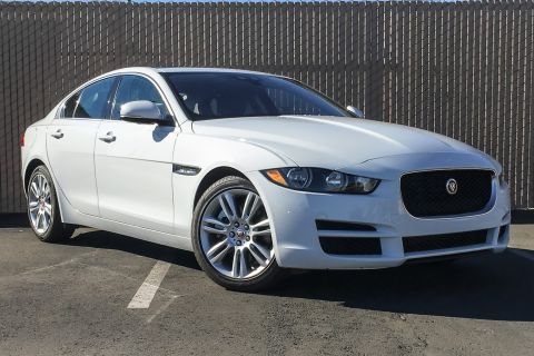 New 2019 Jaguar XE 25t Prestige RWD 4 Door Sedan